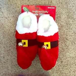Shoes - NWT Santa Slippers